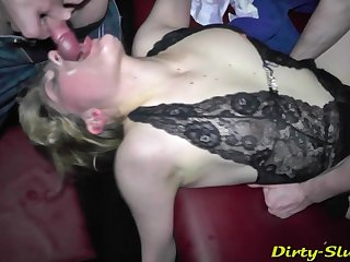 Servicing Entire Audience - Ganb Have Love Making - making out group sex making out
