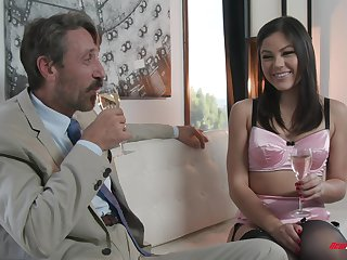 Kendra Spade spreads her legs in stockings for a fat cock