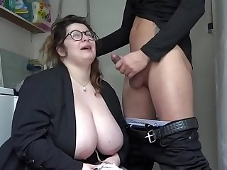 BBW enjoys to jump on hard friend's penis during a threesome