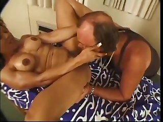 Muscular Babe Kitana Steele Gets Twat Banged