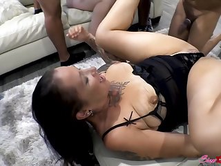 Two MILF's ready to have sex with 5 men